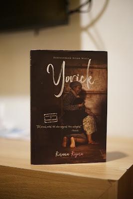 Novel Yorick, Teman selama 1 bulan ini