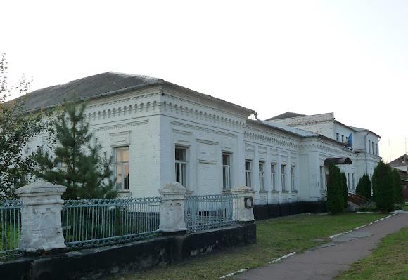 Ніжин. Історична будівля 19 ст., в якій жив латиський художник Ю. Я. Феддерс