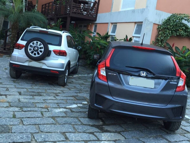 Honda FIT EX CVT x VW CrossFox I-Motion