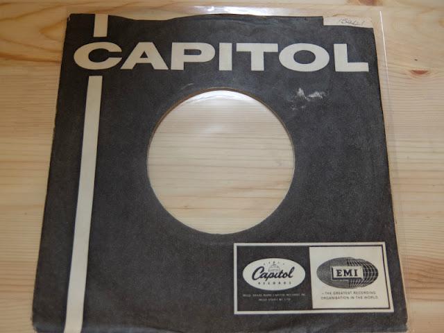 7インチレコード CAPITOL RECORDS ジャケット写真です。