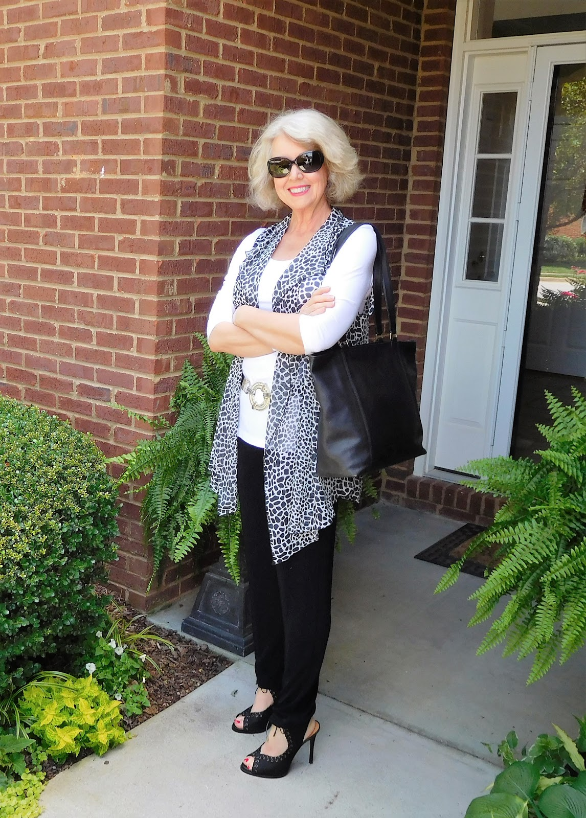 No Register Biggest Seniors Singles Online Dating Site