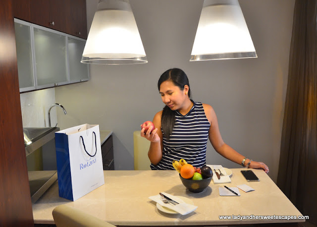 complimentary fruits in Centro Barsha suite