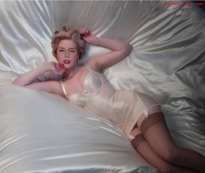 Renee%2BOlstead%2Bnude%2Bxxx%2B%252885%2529 - Renee Olstead Nude Porn Fake Images