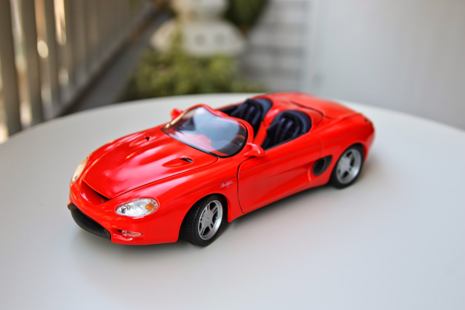 1/18 Maisto Ford Mustang Mach III Concept