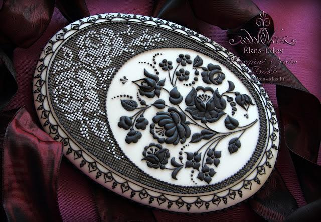 kalocsai embroidery cookiedecorating