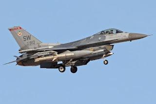 Jet Tempur F-16CM AU AS