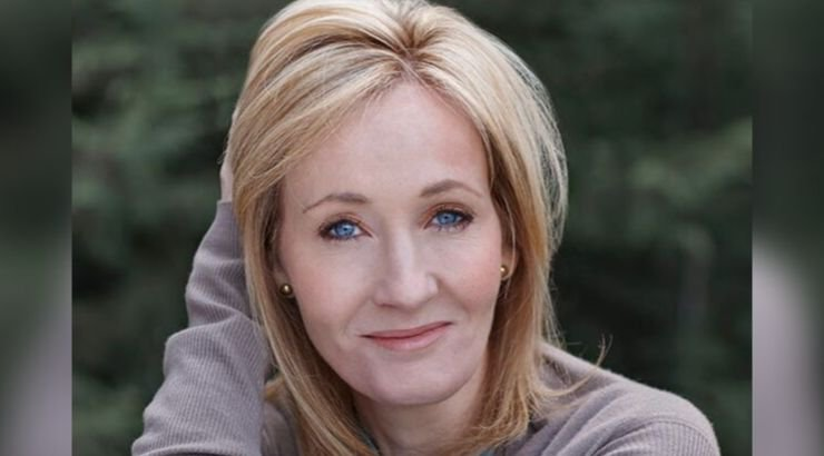 JK Rowling Donated $19 Million To Multiple Sclerosis Research