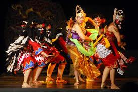 Keunikan-KEBUDAYAAN-suku-jawa-Provinsi-JAWA-TENGAH