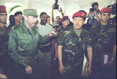 """Con motivo de conmemorarse el natalicio del dictador cubano Fidel Castro, el Ejército Bolivariano lo recuerda.  A través de su cuenta en Twitter, escribieron: """"n el día de su cumpleaños, nuestro @EjercitoFANB recuerda a Fidel Castro, líder incansable de la lucha antiimperialista !Que Viva Fidel!"""""""