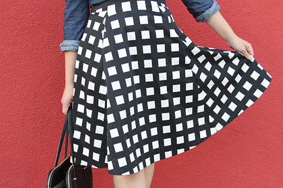 Kate Spade Black and White Gingham Print Midi Skirt Outfit | Will Bake for Shoes