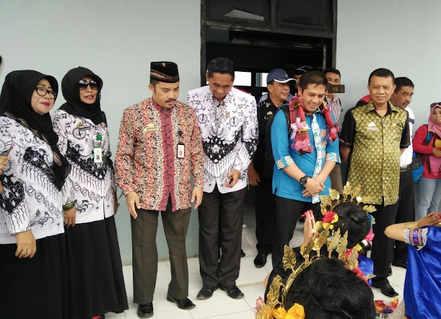 Sekda Jemput Ketua IPSI Sulsel, Dibandara H.Aroepala