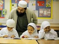 Refleksi Dan Rekonstruksi Pendidikan Islam: Model Pendidikan Pesantren A La Pondok Modern Darussalam Gontor Ponorogo