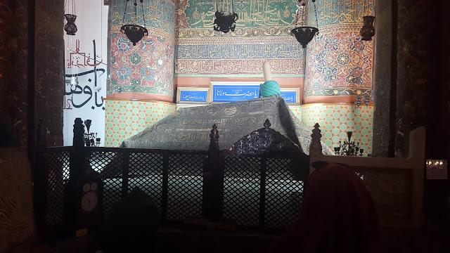 Mevlana Celaleddin-i Rumi'nin Kabri