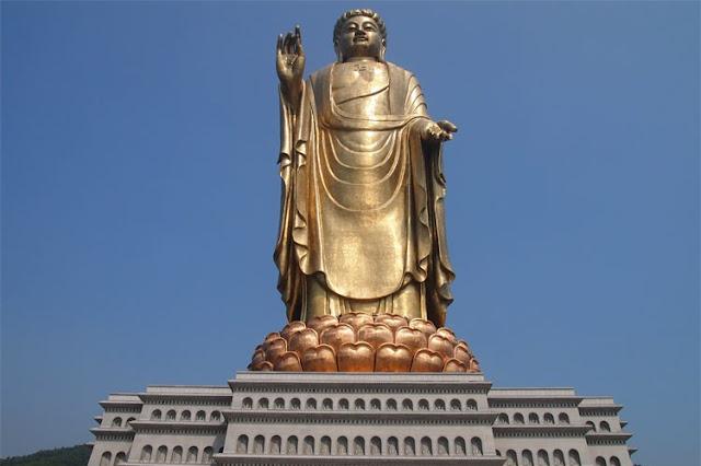 spring temple buddha china