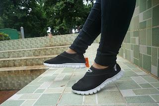 Sepatu Nike Slip One, sepatu slop, sepatu nike slop women, sepatu nike slip one women