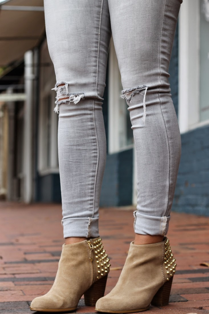 Light Gray Destroyed Jeans