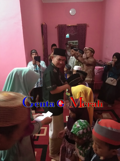 Momen Romadhan, Dinas PMD Mesuji Berikan Santunan Anak Yatim