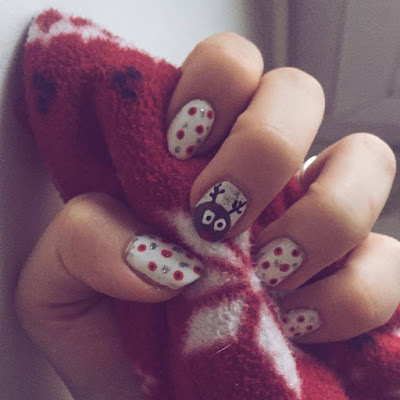 christmas nailart goldandgreen