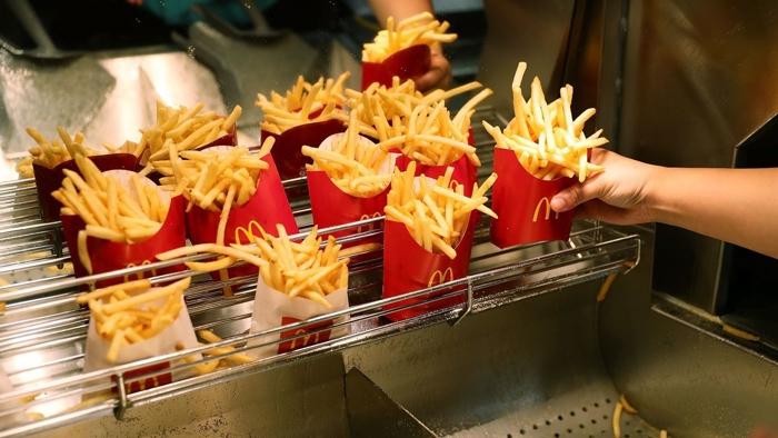 McDonald's regalará papas fritas por el resto del año en USA