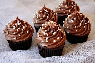 kue cupcake cokelat buttercream