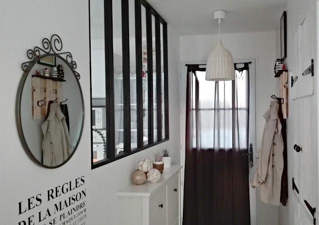 notre nouvelle entr e bois e et industrielle truc tricks. Black Bedroom Furniture Sets. Home Design Ideas