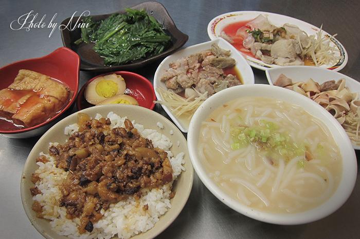 【大直美食】大直米粉湯。高級住宅藏平價小吃 by 妮喃小語