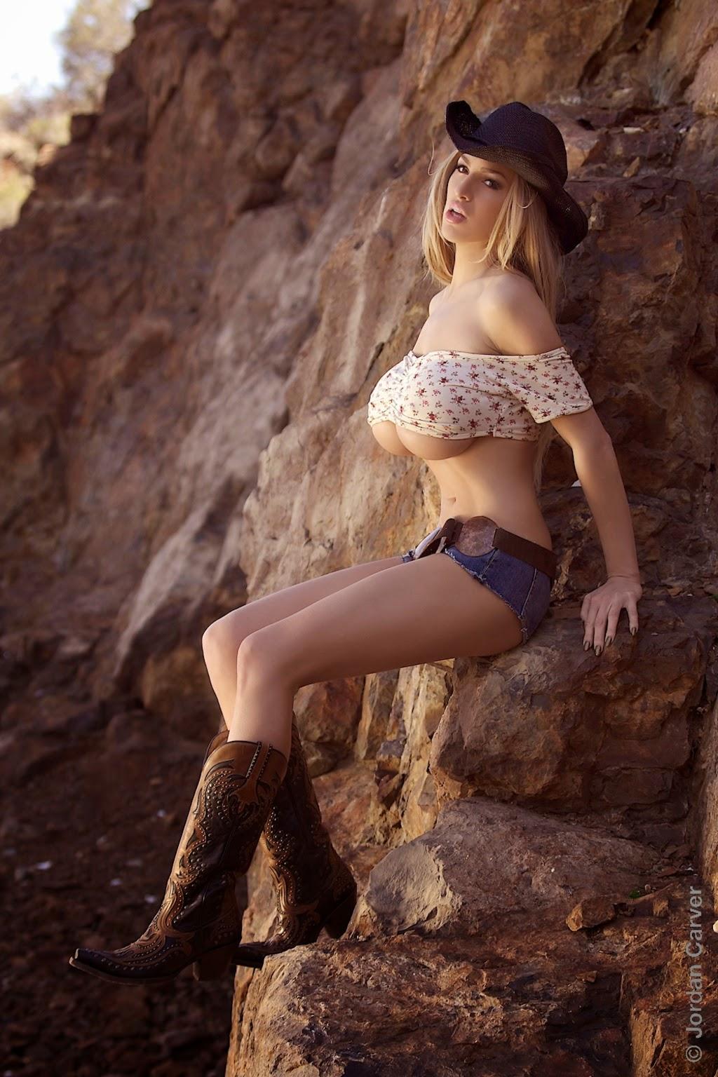 Jordan Carver Big Boobs Show In Cow Girl Baby In Desert -3282