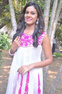 Actress Chandini Tamilarasan Stills in White Salwar Kameez at Naan Avalai Sandhitha Pothu Opening  0003.jpg