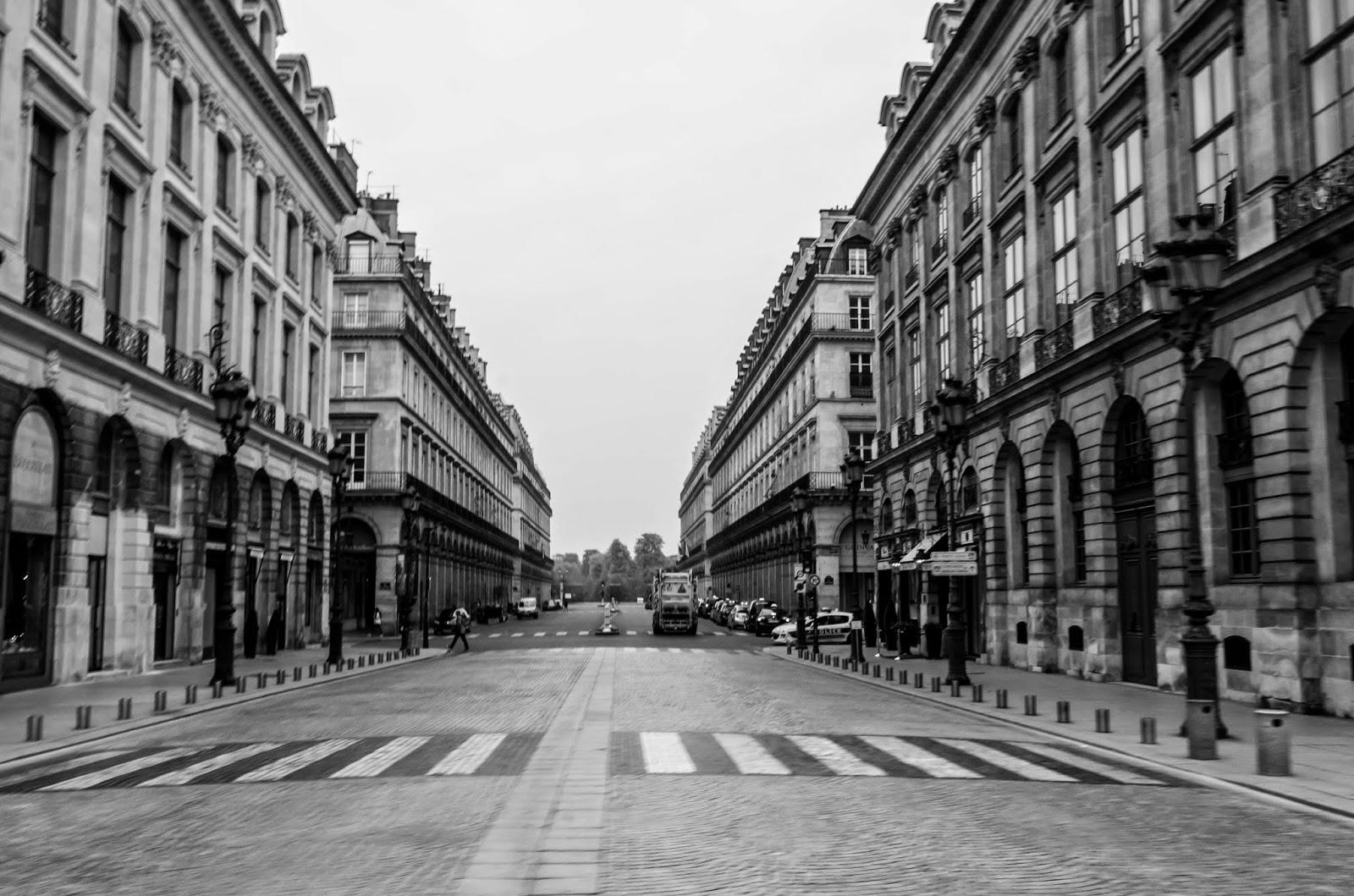 Ruas e prédios de Paris