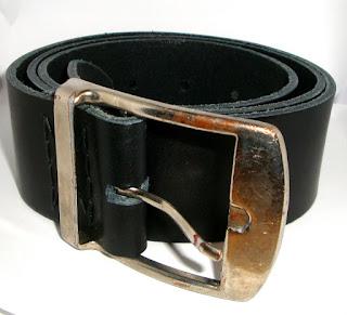 Rénovation vieille ceinture en cuir : vue de la nouvelle