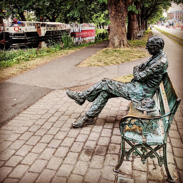 Dublin City Walks: Visit Patrick Kavanagh on the Grand Canal near Baggot Street
