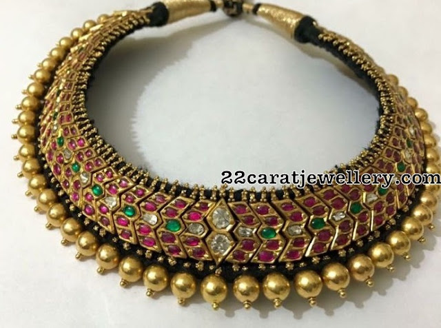 Traditional Choker with Black Thread
