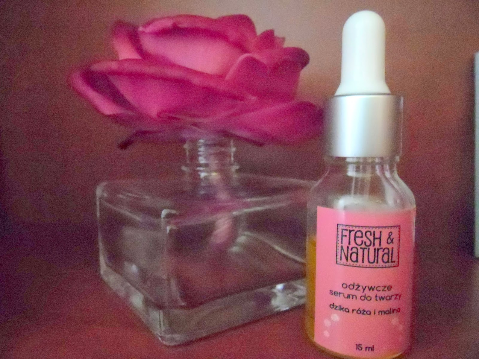 Fresh&Natural - recenzja odżywczego serum do twarzy