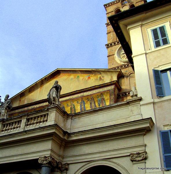 Fachada da  Igreja de Santa Maria in Trastevere