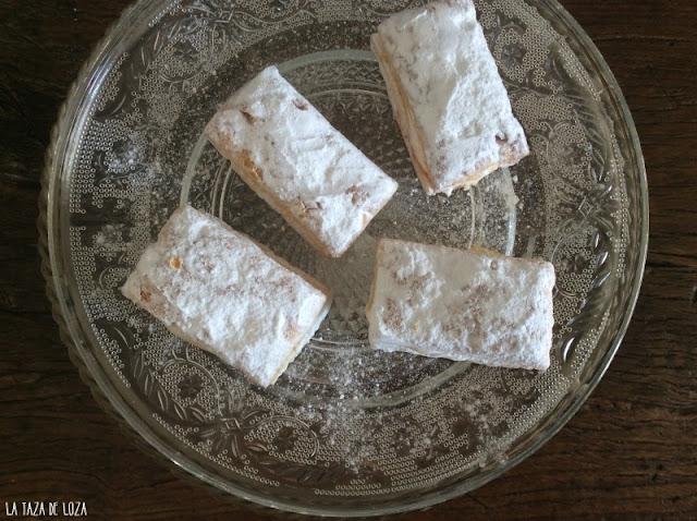 miguelitos-de-hojaldre-rellenos-de-crema-pastelera