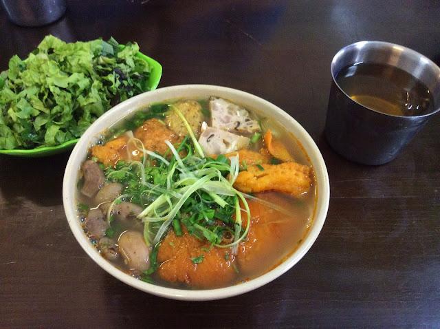 Fried Fish Noodle, Vietnamese food
