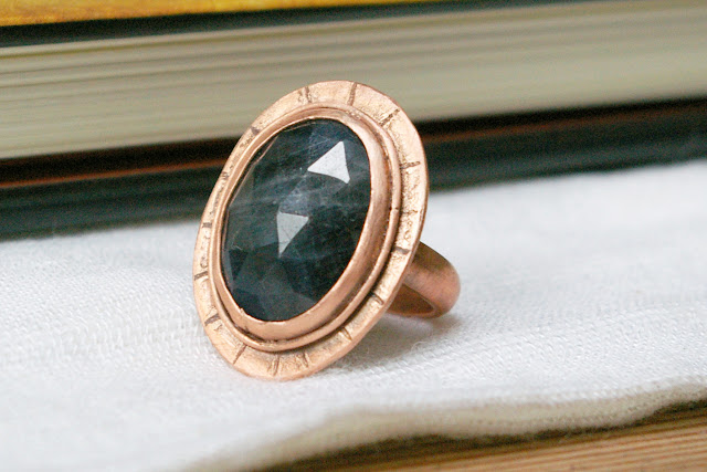 https://www.etsy.com/ca/listing/678330594/natural-sapphire-rustic-copper-ring