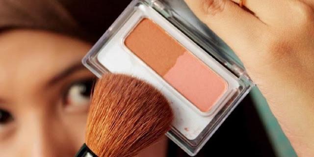 cara meniruskan pipi dengan make up yang alami