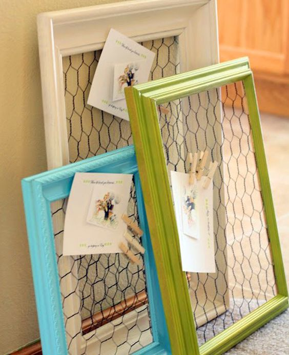 4. Fill In Old Picture Frames Design Inspirations