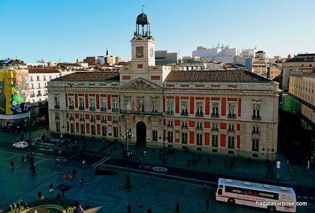 A Porta do sol vista do terraço do Puertasol, rooftop bar no terraço de El Corte Inglés