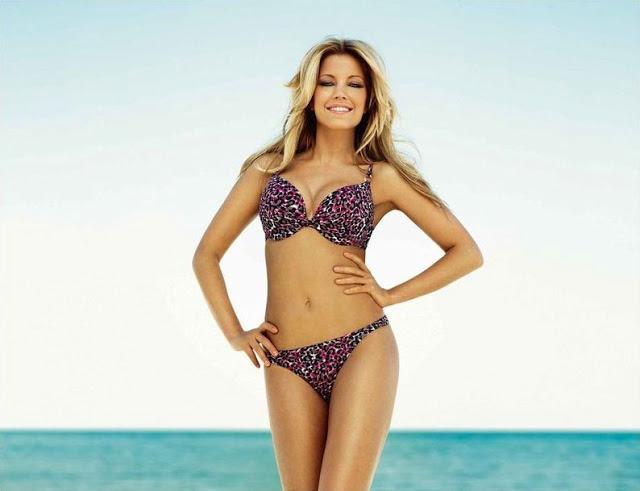 Sylvie van der Vaart showt Hunkemöller bikini serie
