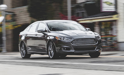 Ford Fusion Hybrid Titanium 2018 Reviews, Specs, Price
