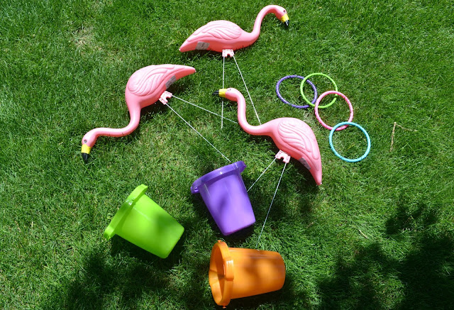 Summertime Flamingo Ring Toss, Flamingo ring toss, DIY flamingo ring toss, ring toss, creative lawn games, summertime lawn games, lawn games for kids, outdoor games for kids, outdoor games for families, BBQ games, Flamingo decorations, fun party games, DIY lawn games, summer party games