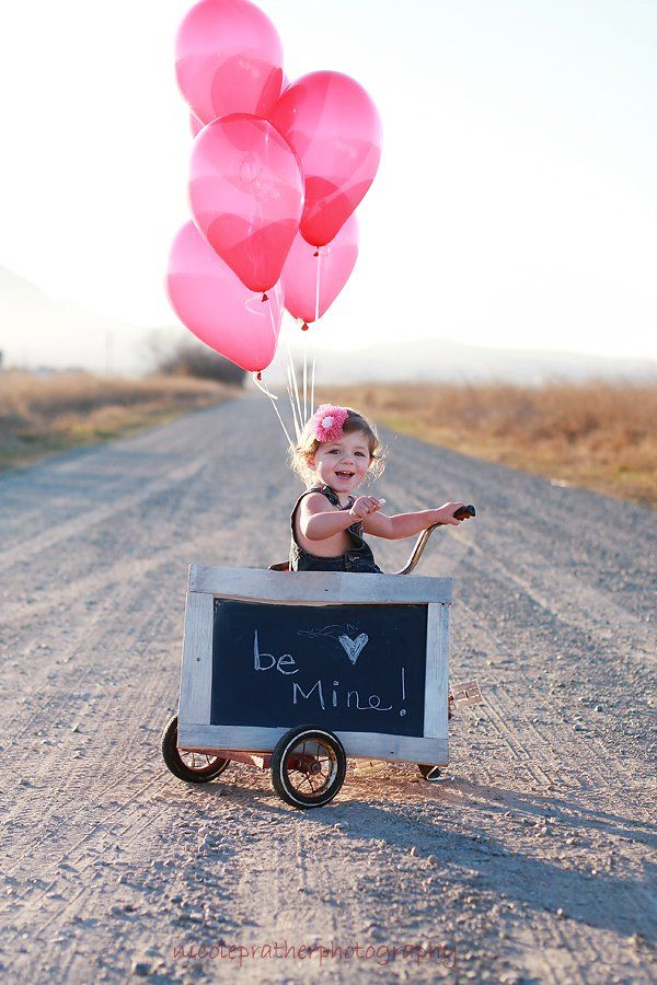 So Cute!-10 Fun Balloon Ideas for Valentine's Day(Nicole Prather Photography)