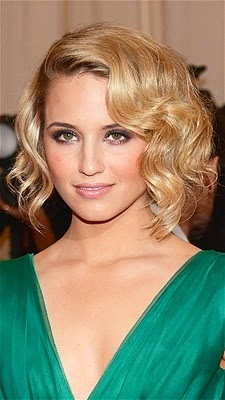 For finger waves like Dianna Argons, try a curling iron.