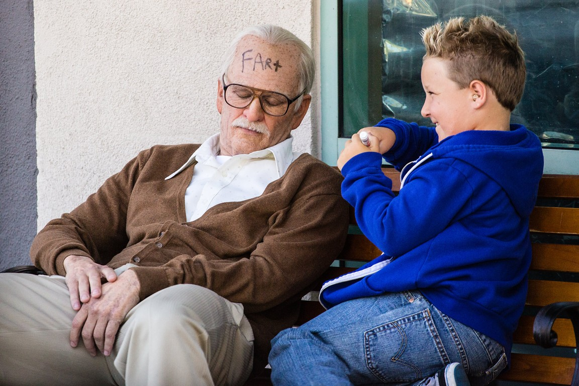 Jackass Presents Bad Grandpa 2013 Full Movie Watch In Hd -5800