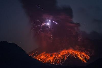 Letusan Gunung Sakurajima 2013