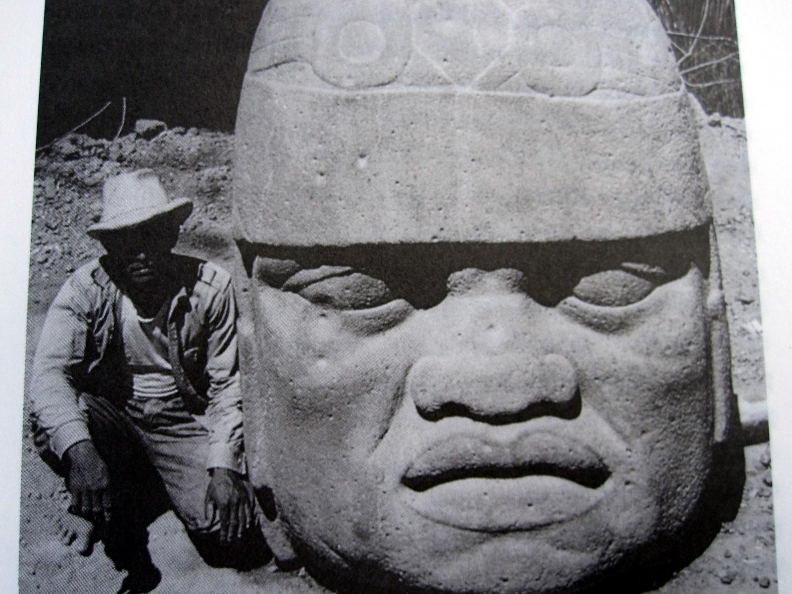olmec stone temples dating