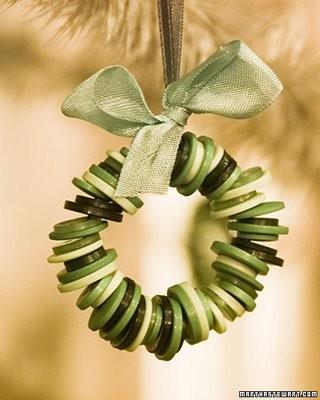 enfeite de natal simples com botões