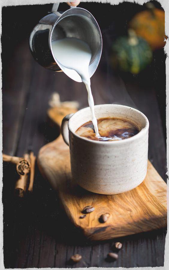 káva v těhotenství, pití kávy v těhotenství, káva a migréna